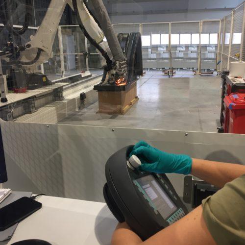 AVEL Robotics opérateur robot Lorient composite 4D