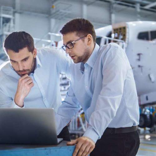 Aviation commercial ingénieur aéronautique business travail avion